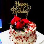 glitter-or-joyeux-anniversaire-gateau-topper-party.jpg