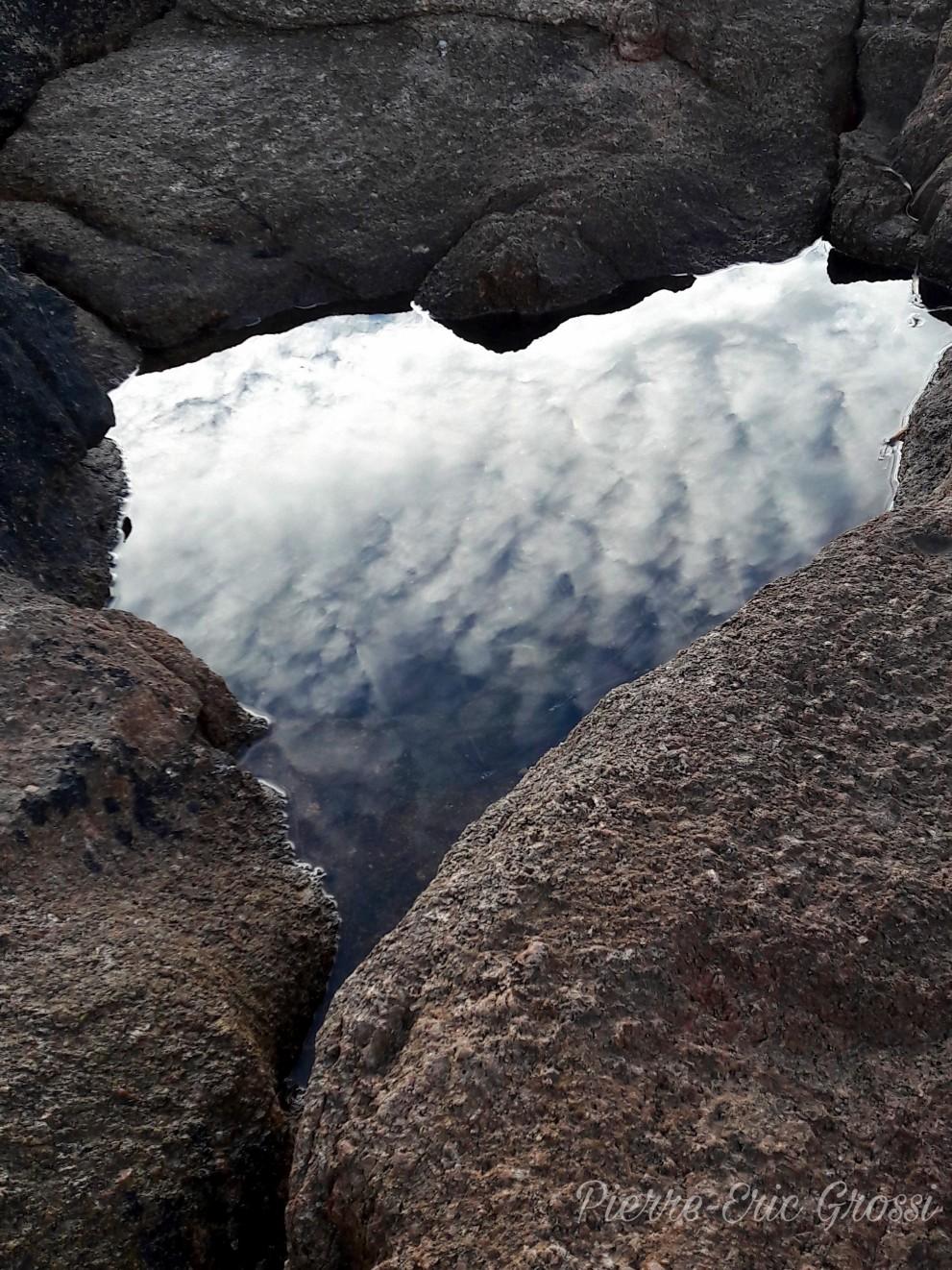 la tete dans les nuages.jpg