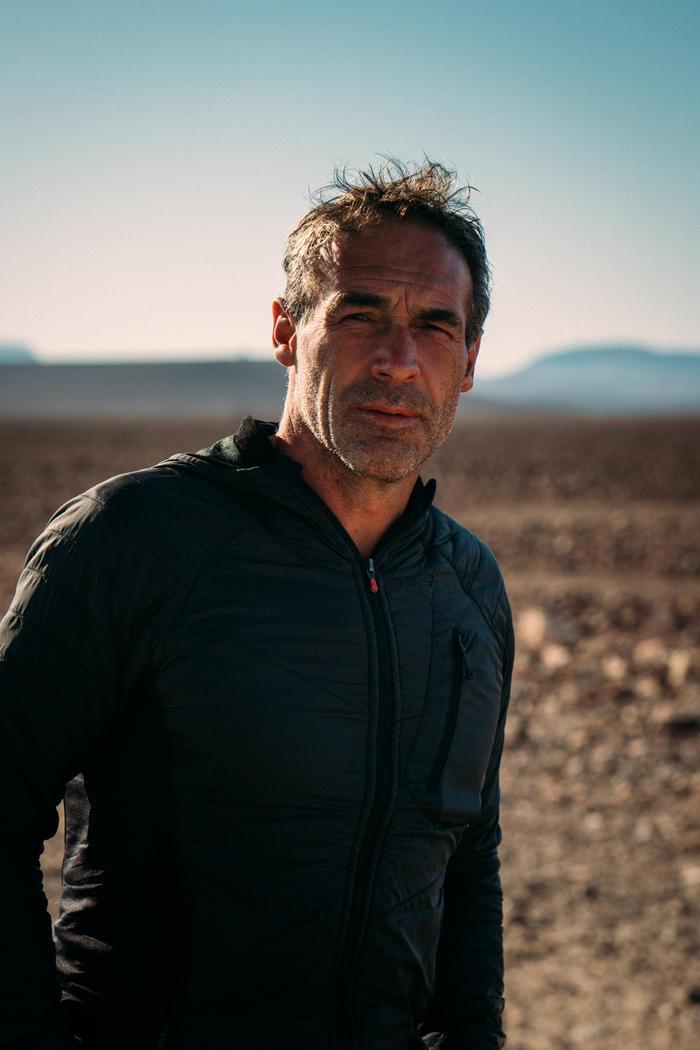Mike-Horn-Le-Desert-du-Namib-seul-a-pied._fullWidth.jpg